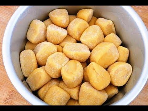 一碗面粉,4个鸡蛋,不蒸不烤,切成小块扔盆里,松软拉丝比肉香
