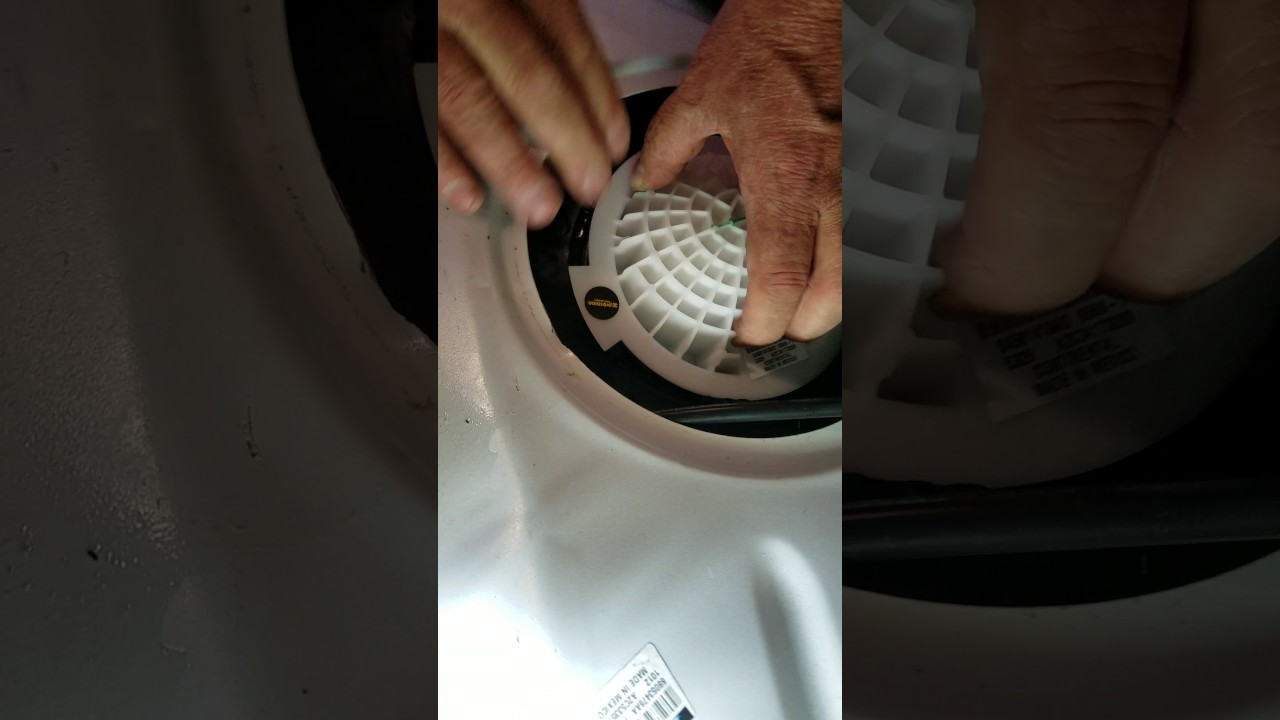 2011 dodge charger right fuel pump [ 1280 x 720 Pixel ]