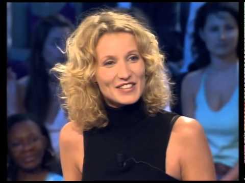 Alexandra lamy nous pr sente la s rie une chance de tro for Vrai nom de jean dujardin