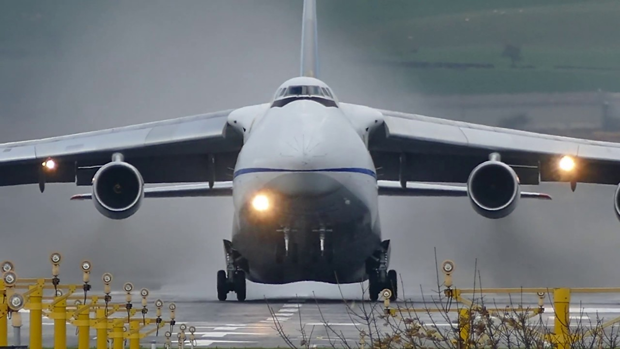 USAF C-5 Galaxy vs USSR An124 - The Battle of The Giants