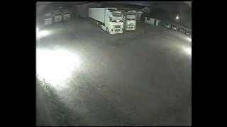 Terremoto emilia in diretta notte 20-05-2012 videosorveglianza - tir autotrasporti Rizzuto