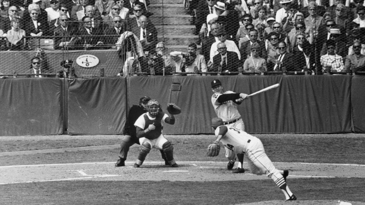 1968 WS Gm2 Lolich Homers To Extend Lead