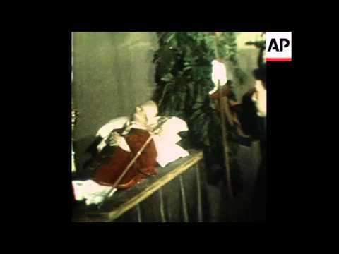 SYND 7 8 78 POPE PAUL VI LYING IN STATE IN PAPAL SUMMER PALACE IN CASTEL GANDOLFO NEAR ROME
