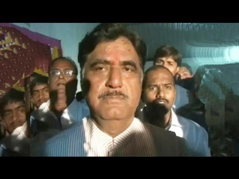 Gopinath Munde's supporters thrash pilot for refusing to defy rules