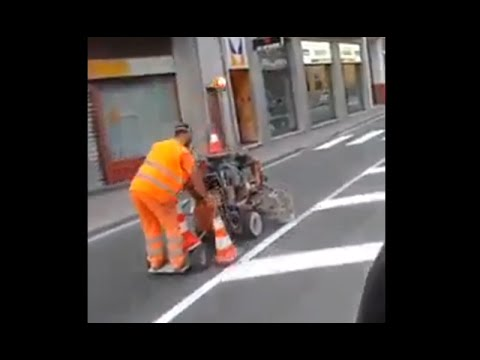 Amazing Fastest Road Lines Painting Ever Youtube