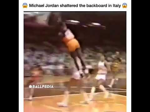 Michael Jordan DESTROYS a backboard during the Nike exhibition game in Italy back in…
