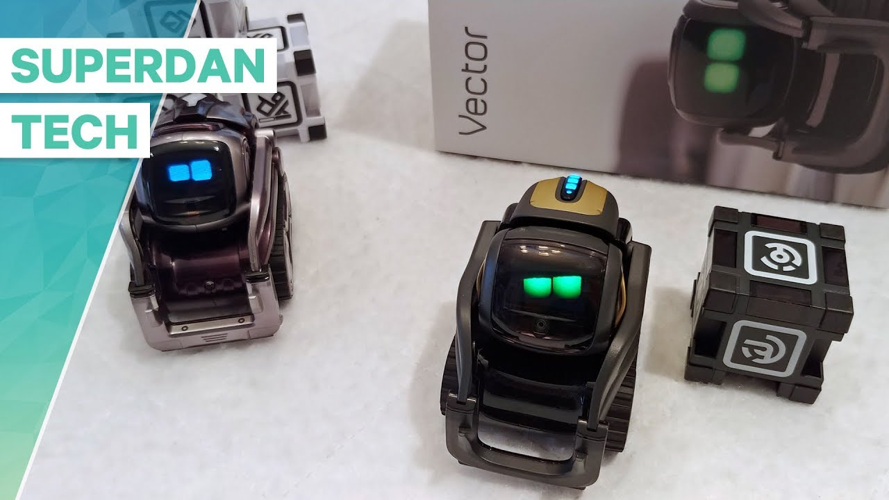 Anki Vector | Unboxing, setup and interaction