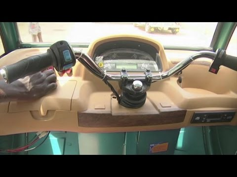 Togo, Premières voitures électriques solaires