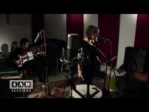 Tune-Yards - Real Live Flesh (4AD Session)