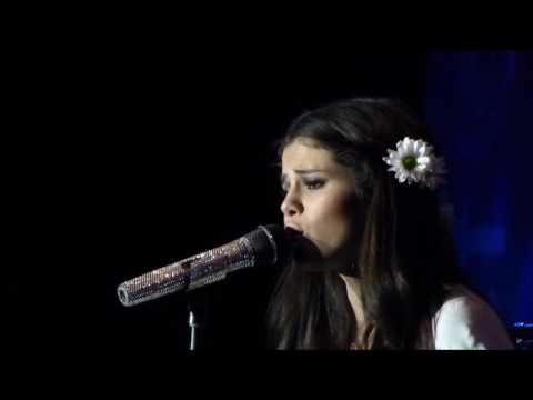 Selena Gomez & The Scene - Kiss & Tell Album - Live