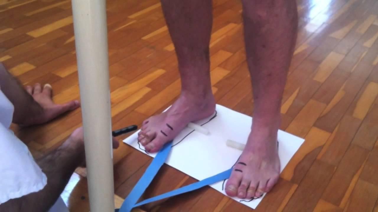 Pie plano/pronado y ejercicios correctivos de fisioterapia. - YouTube