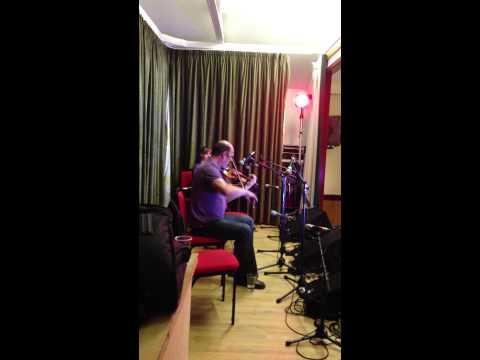 Iain Macfarlane on the fiddle @ Ceòlas, Uibhist a Deas, 2013