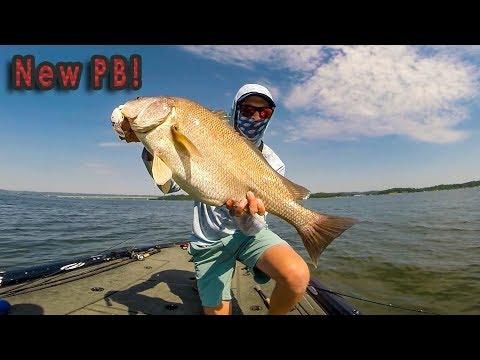 Was NOT Expecting This! Fishing Lake Guntersville - Sweet Home Alabama Tour Ep. 3
