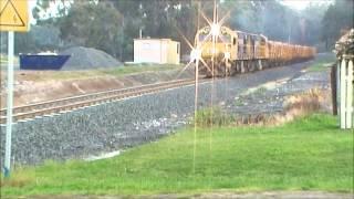 TasRail: Log Train north through Campania 8/10/2013