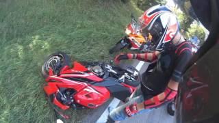 Motorradunfall Honda cbr500r (volles Video)