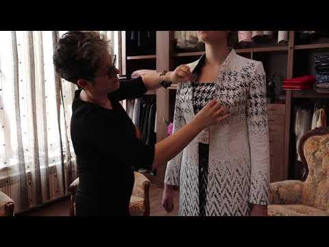 Komplet płaszcz i sukienka biznesowa, wizytowa w zygzak, pepito. Mierzymy ubrania z De Marco from YouTube · Duration:  1 minutes 19 seconds