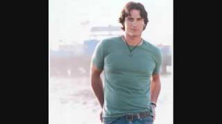 Watch Joe Nichols Talk Me Out Of Tampa video
