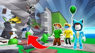 DRINK MILO IN NATURAL DISASTER PROBLEMS 😱 ROBLOX SUPER FUN GAME