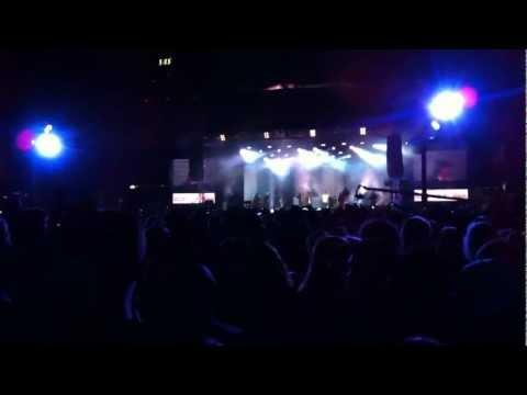 Nik & Jay - Gi Mig Dine Tanker - ft. Young, Kesi, Kidd & Gilli (Voice 11' i Tivoli)
