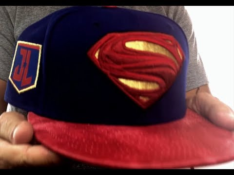 Superman  JUSTICE LEAGUE SNAPBACK  Royal-Red Hat by New Era - YouTube 84601ac6652
