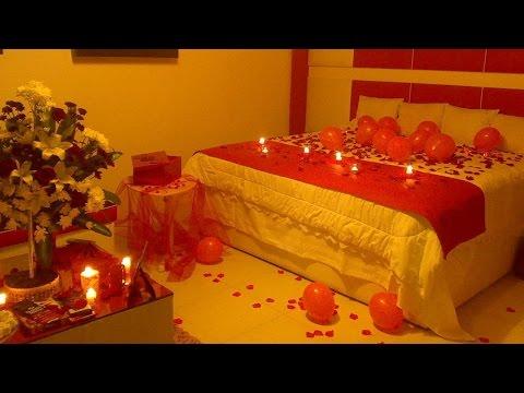 زوج سعودي يفاجئ زوجته بليلة رومانسية لم تكن تحلم بها