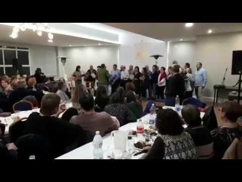 Cantareiros da Unión amenizan o magosto da Sociedade Sarriá