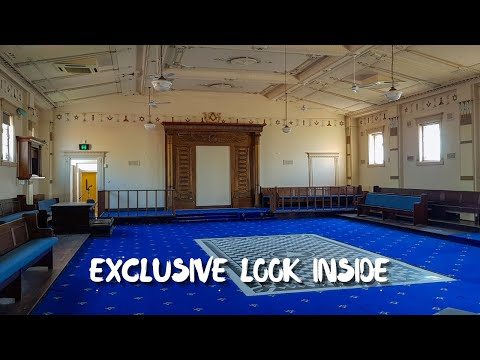 abandoned:-beautiful-community-hall-&-masonic-lodge