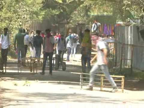 stone pelting in SP College