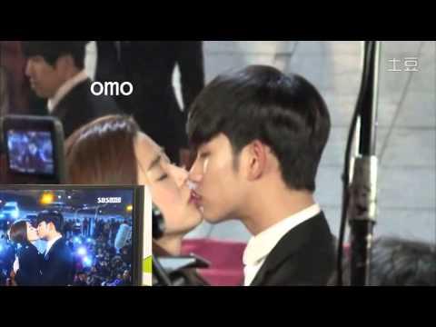 red carpet kiss BTS