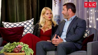 Tracy's In Love With Scott.  How Does Scott Feel? | The Spouse House