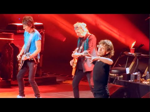 Rolling Stones - Sympathy for the Devil - Milwaukee 2015 Zip Code Tour Live in Concert