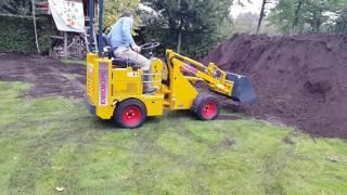 knikmops 80 moving dirt