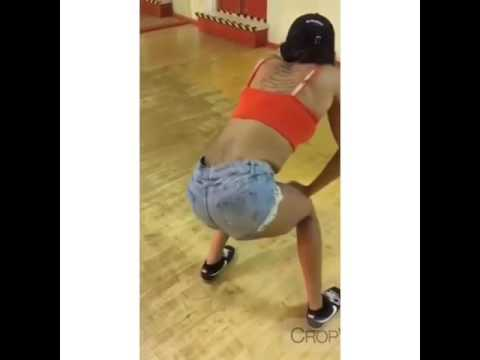 She hit every beat!  Bruk it down #whine #dancehall