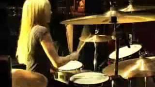 Avril Lavigne - Song 2 (Blur cover)