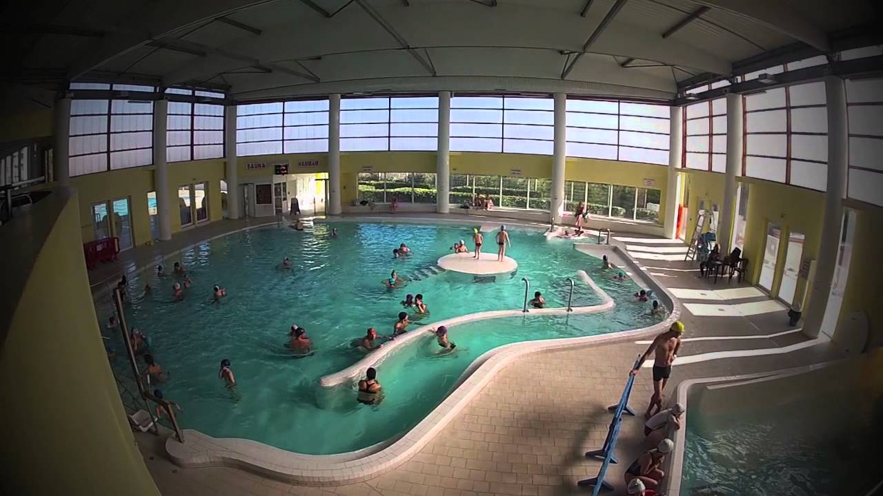 1 heure la piscine de hy res youtube for Piscine hyeres