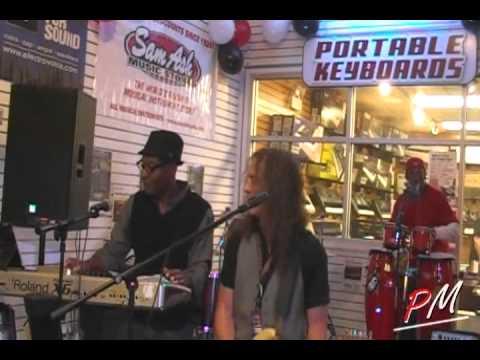 MOV1D1 Thank-A-Palooza-Fest-AGanza at Sam Ash  -  Buffalo Grove