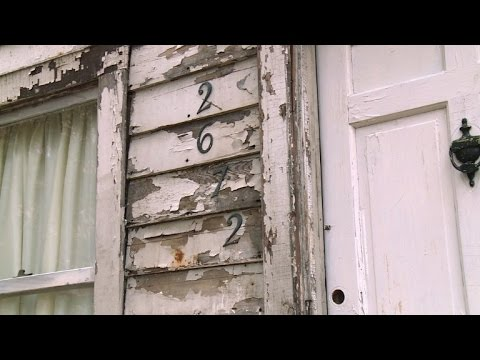 Berlin to give refuge to rosa parks 39 detroit house youtube for La casa rosa milano