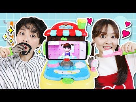 小伶和爸爸一起玩小豆子餐盤玩具遊戲!Kongsuni Plate Brushing Teeth Toy 小伶玩具 | Xiaoling Toys