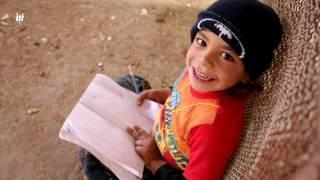 بين أكياس الأعلاف.. تنشأ أحلام تلاميذ مخيمات النازحين في درعا