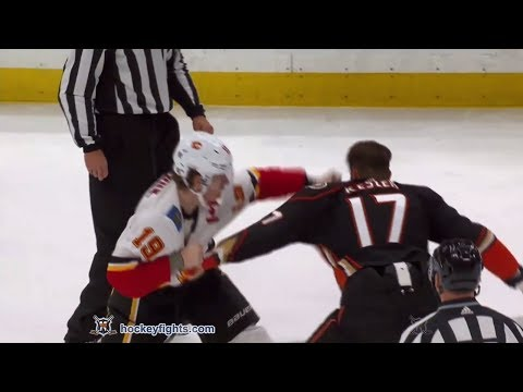 Matthew Tkachuk vs Ryan Kesler Dec 29, 2017