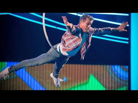Peter Duncan & Kate McWilliam's Aerial Performance to 'Footloose'  - Tumble: Episode 2 - BBC One