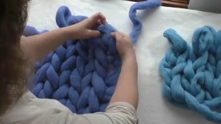 Repeat youtube video How to Arm Knit With Merino Wool Tutorial
