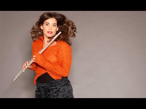 "Mozart's ""classic"" flute concertos and Mysliveček's hidden treasure by Ana de la Vega"
