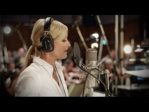 Helene Fischer - I'll Be Home For Christmas (Aufnahmen Abbey Road Studios, London)