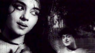 Thanneer Suduvathenna - Chithi Tamil Song - Gemini Ganesan, Padmini