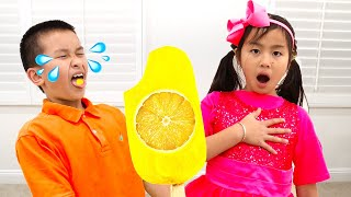 Jannie Pretend Play Making Real Healthy Popsicle Ice Cream with Fruits and Vegetables