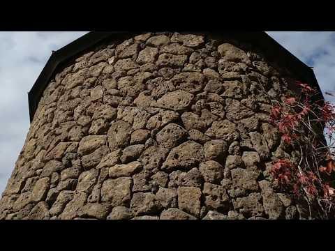 Каменная кладка в Ереване, обратите внимание на качество выполненной работы