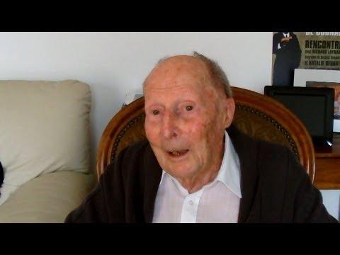 """Interview de Louis-Jean Gioux, vétéran du Groupe de Bombardement """"Bretagne"""""""