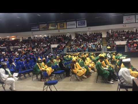 Eminem provides Beats By Dre headphones to Flint graduates