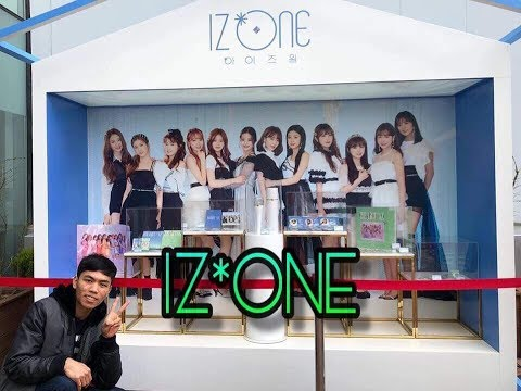 아이즈원 iz*one cafe and pop up store in Hongdae